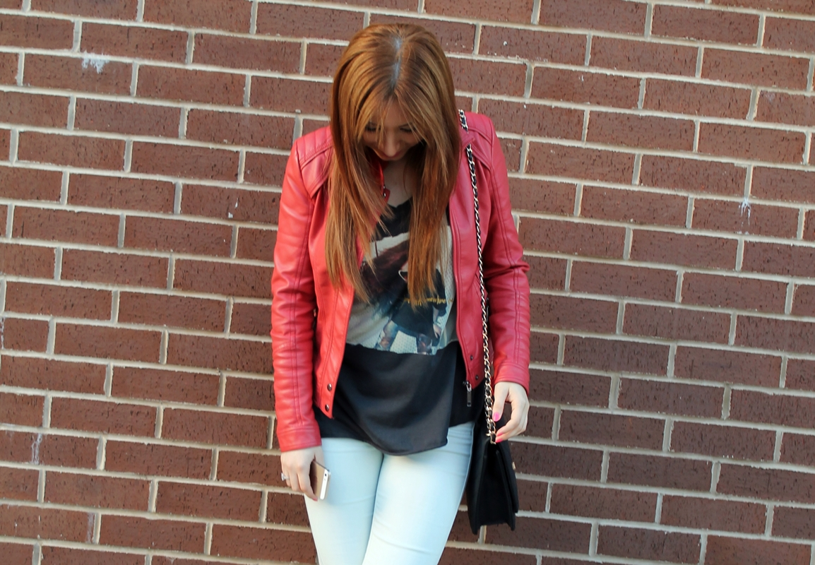 Street style - fashion blogger - red leather jacket
