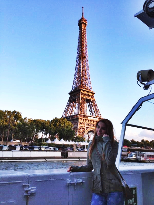 andreea design, follow me to paris, sena, bateaux mouche, tour eiffel