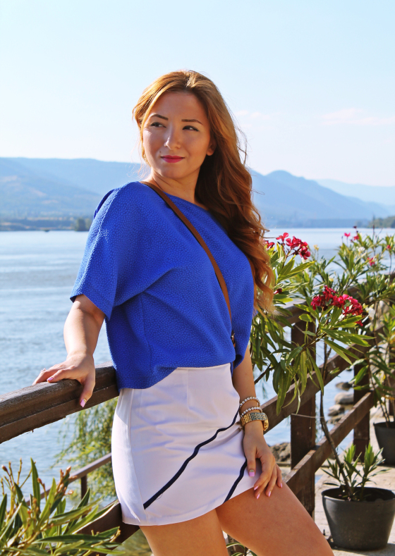 Andreea Design, blue blouse, white skirt, blogger, fashion, bluza albastra, outfit, look, inspiration