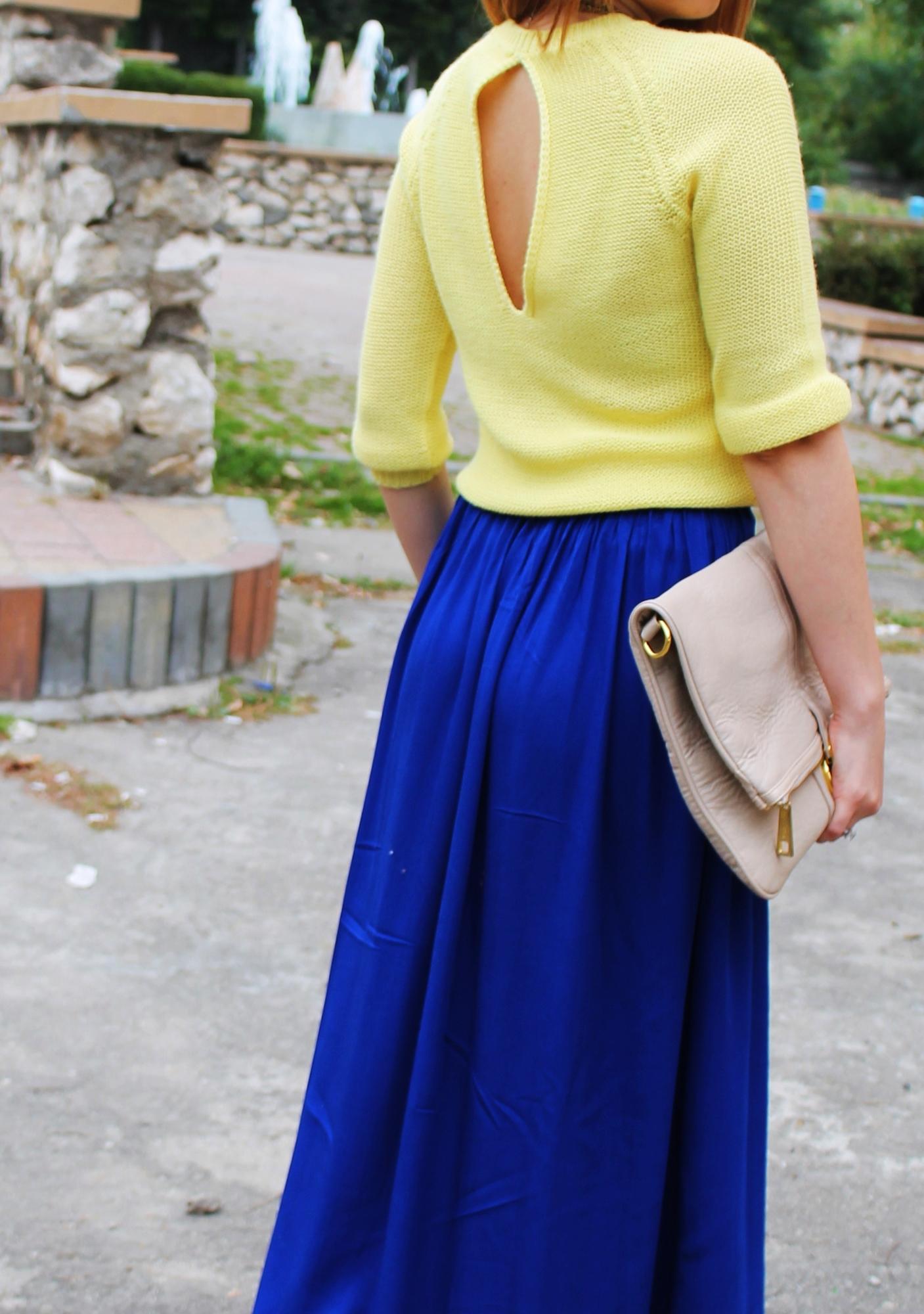 pulover zara spatele gol, fusta albastra lunga