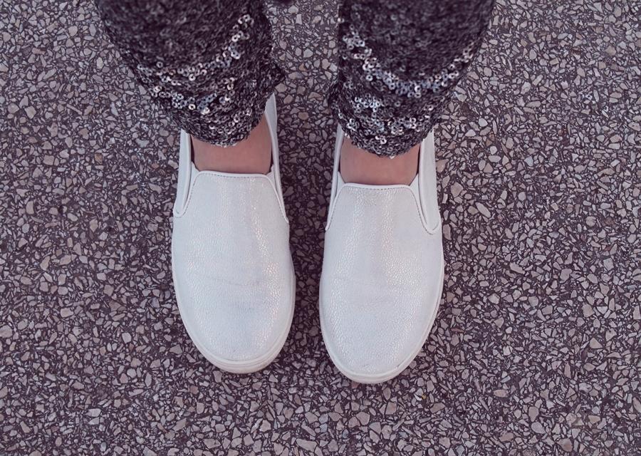 sneakersi albi