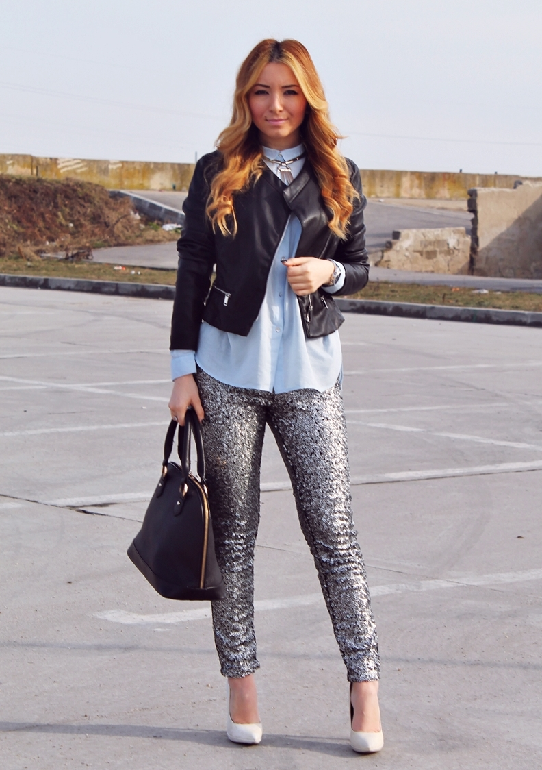STREET STYLE grey metallic sequin pants, white shoes, heels, blue shirt, black leather jacket, zara, black bag, blogger, pinterest