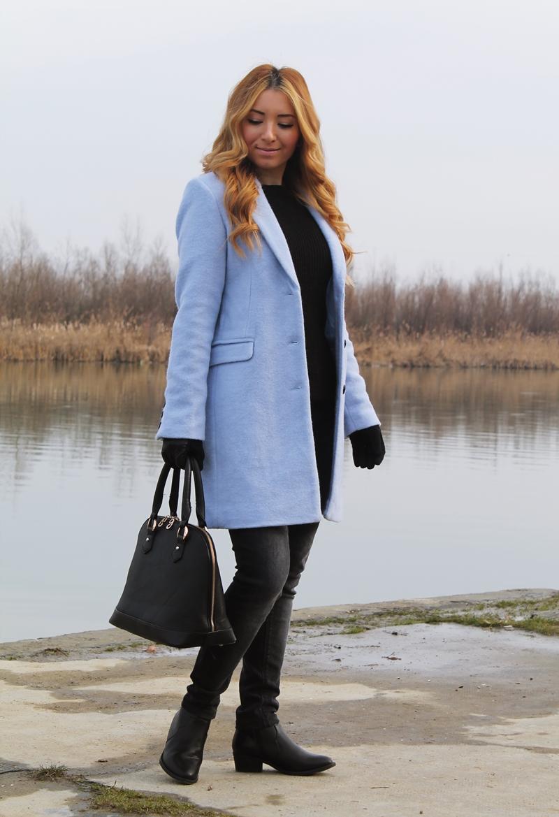 Tinuta all black - totul negru, cum purtam? Tinuta de iarna cu palton pastelat bleo Bershka