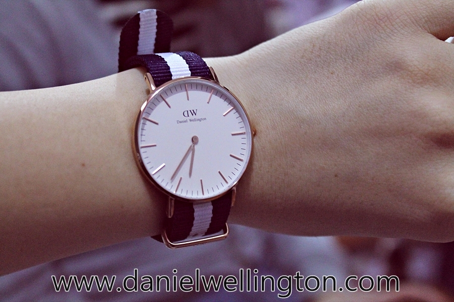 daniel wellington watch stripes
