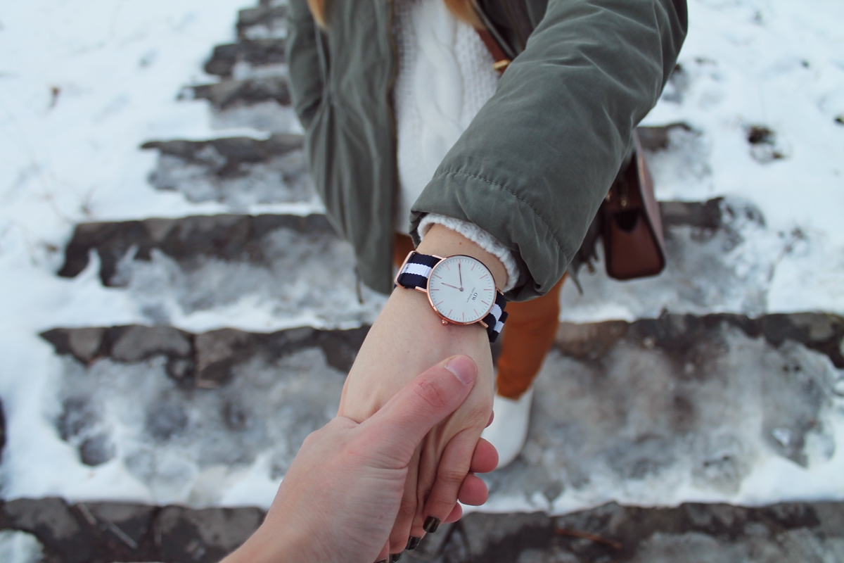 Winter daniel wellington watch stripes blog
