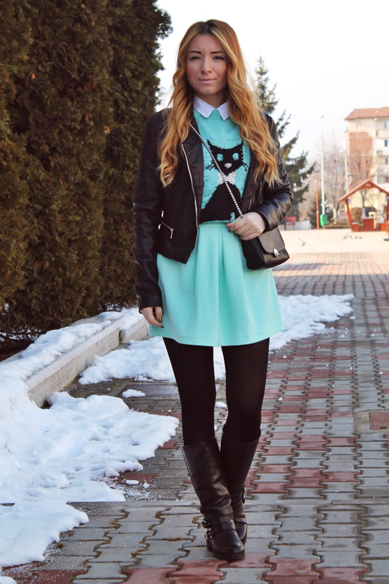 tinuta verde menta, tinuta iarna, cum purtam, fusta andreea design cu pliuri, pulover pisicuta, street style, mint green, outfit, skirt, girly, winter