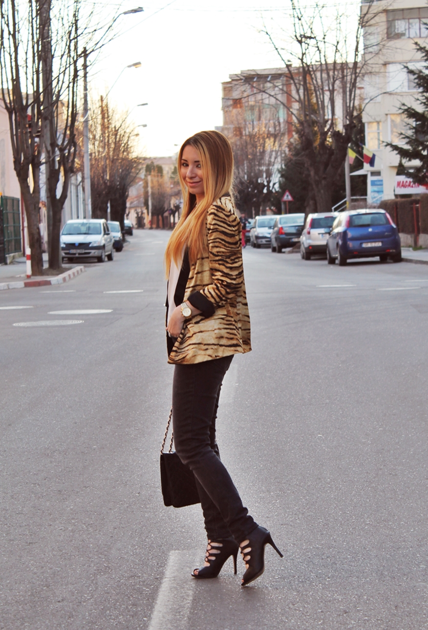 Street style, moda romaneasca, blogger, Arges, tinuta de primavara