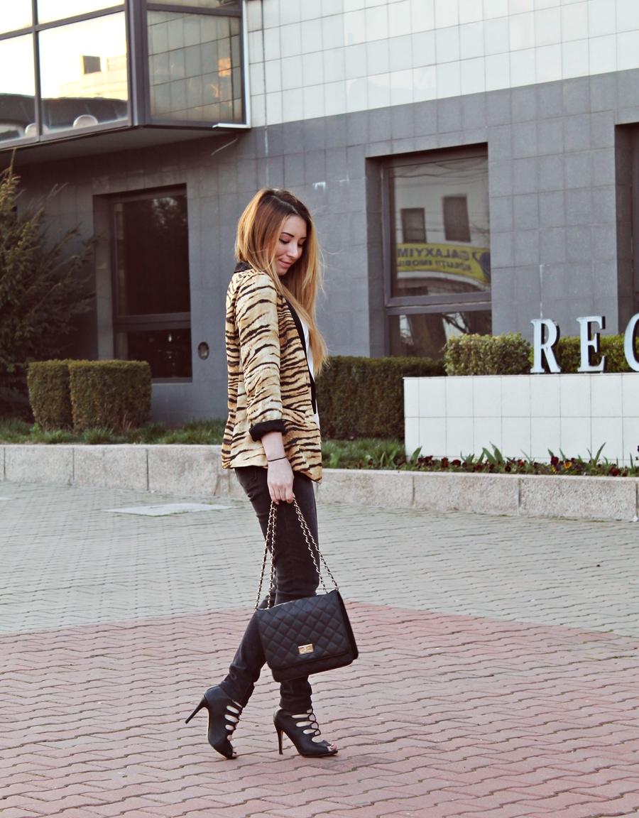 Andreea Pantilinescu, blogger moda Romania