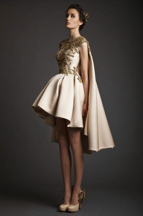 rochie de ocazie cu capa, trena