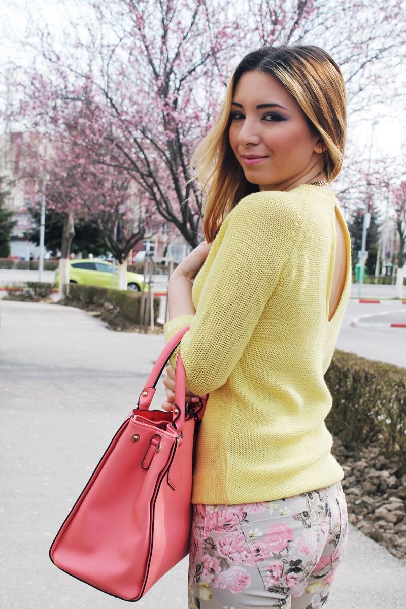 Pulover Zara cu spatele gol - galben