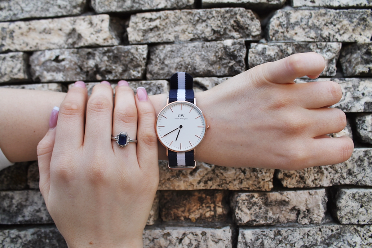 daniel wellington stripes watch
