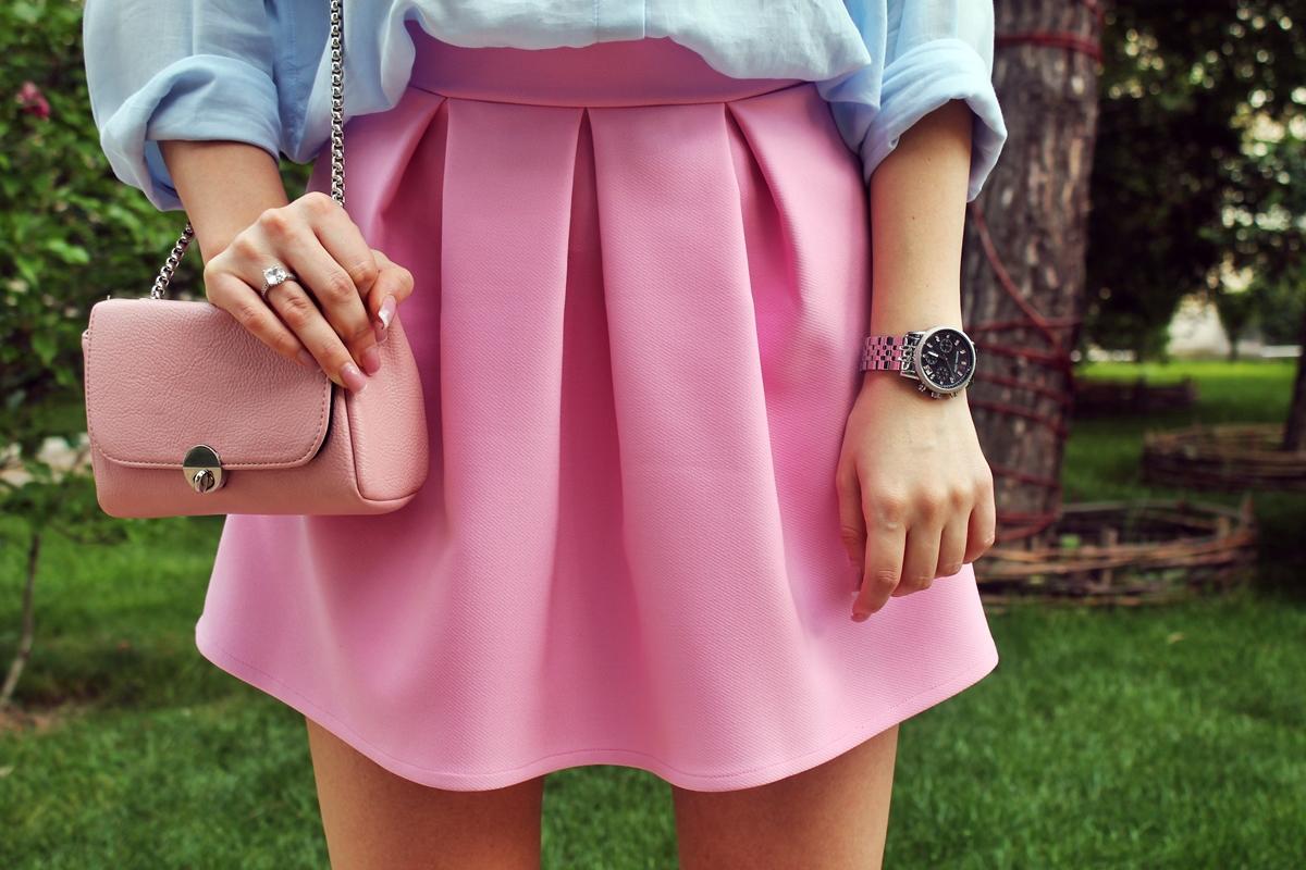 Fusta cu pliuri Andreea Design roz candy
