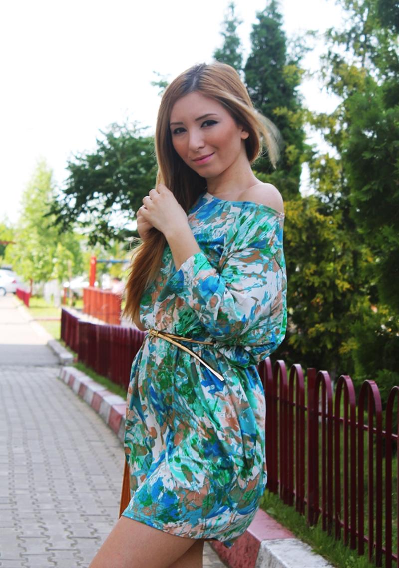 Rochie din jerseu lejera, verde cu mari si albastru