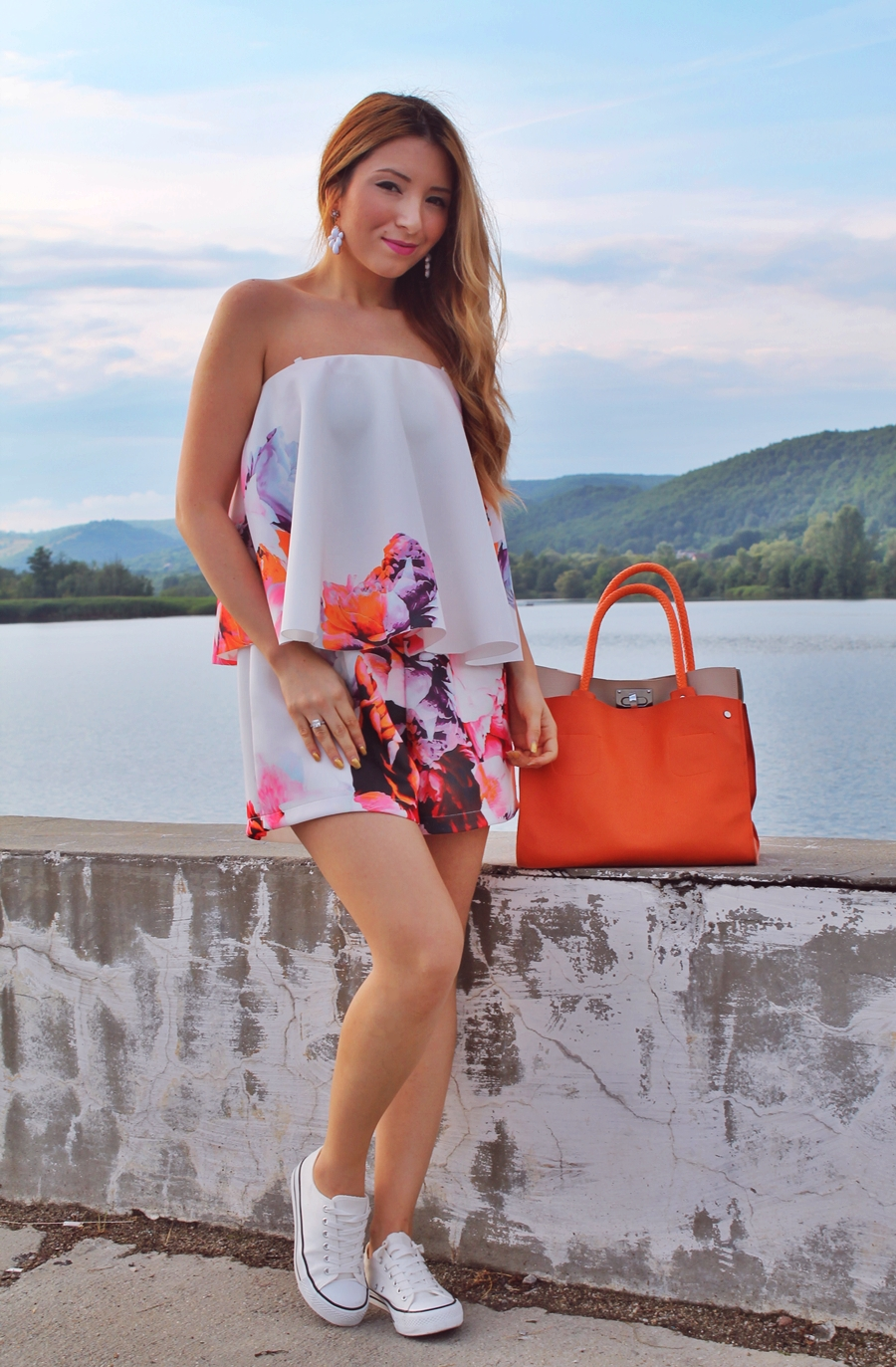 Trendul verii - salopeta cu imprimeu floral, blogger de moda Andreea Ristea