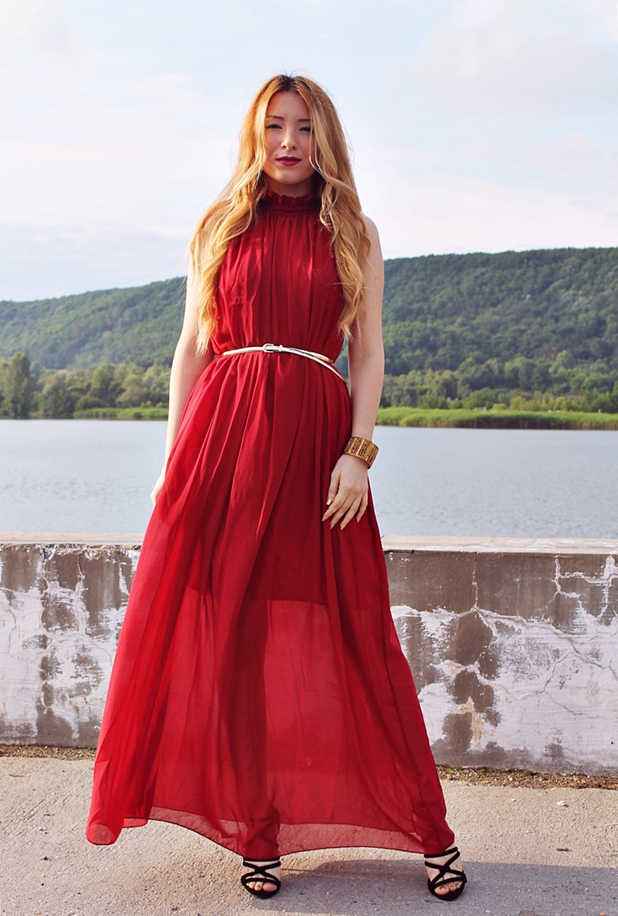 Stand Collar Off-shoulder Chiffon red wine dress - fashion blogger Andreea Pantilinescu