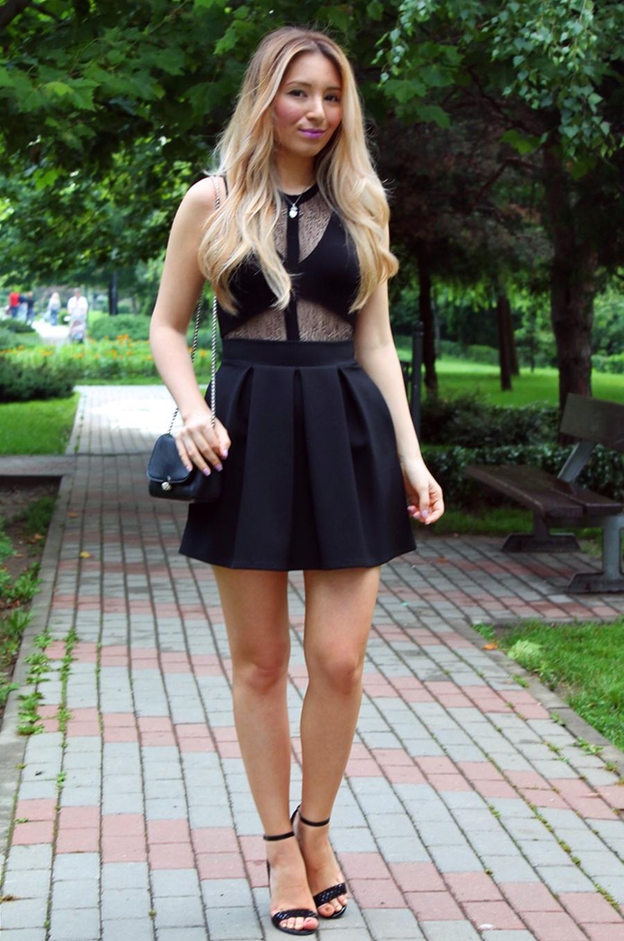 Tinuta de zi eleganta - rochie neagra scurta