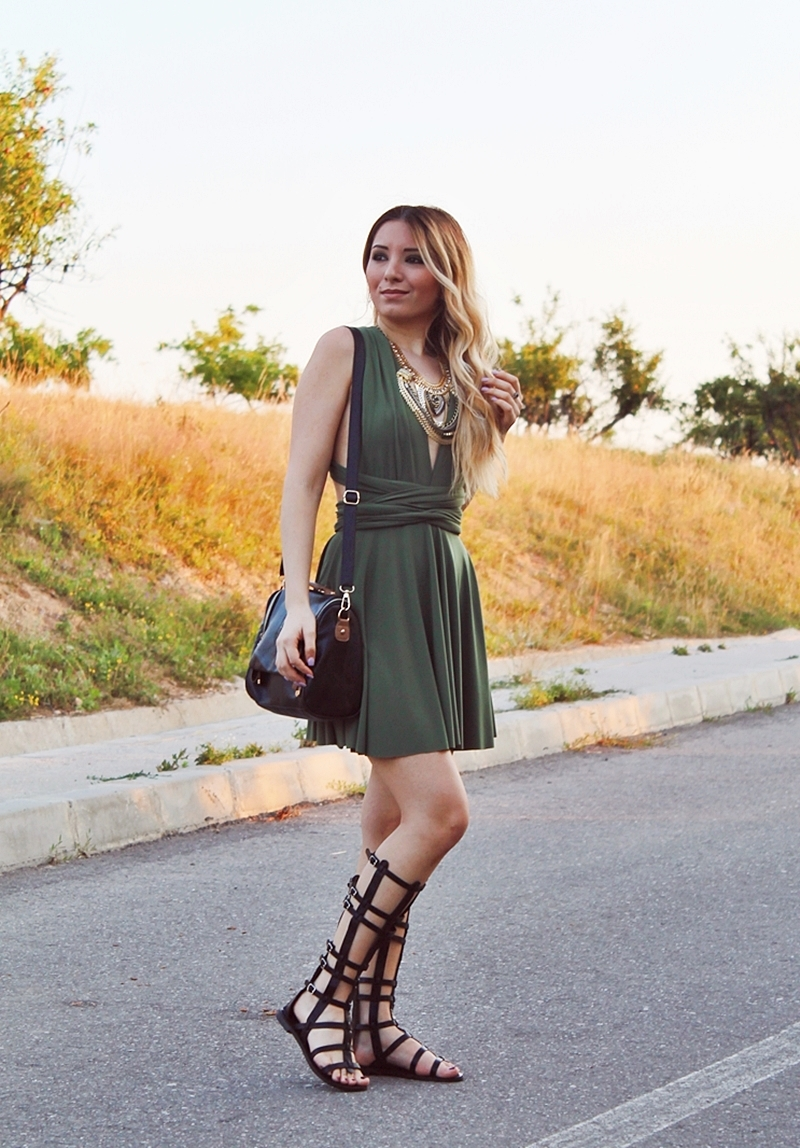 Street style - how to wear gladiator sandals - military green short dress - Summer look - fashion blogger Andreea Ristea