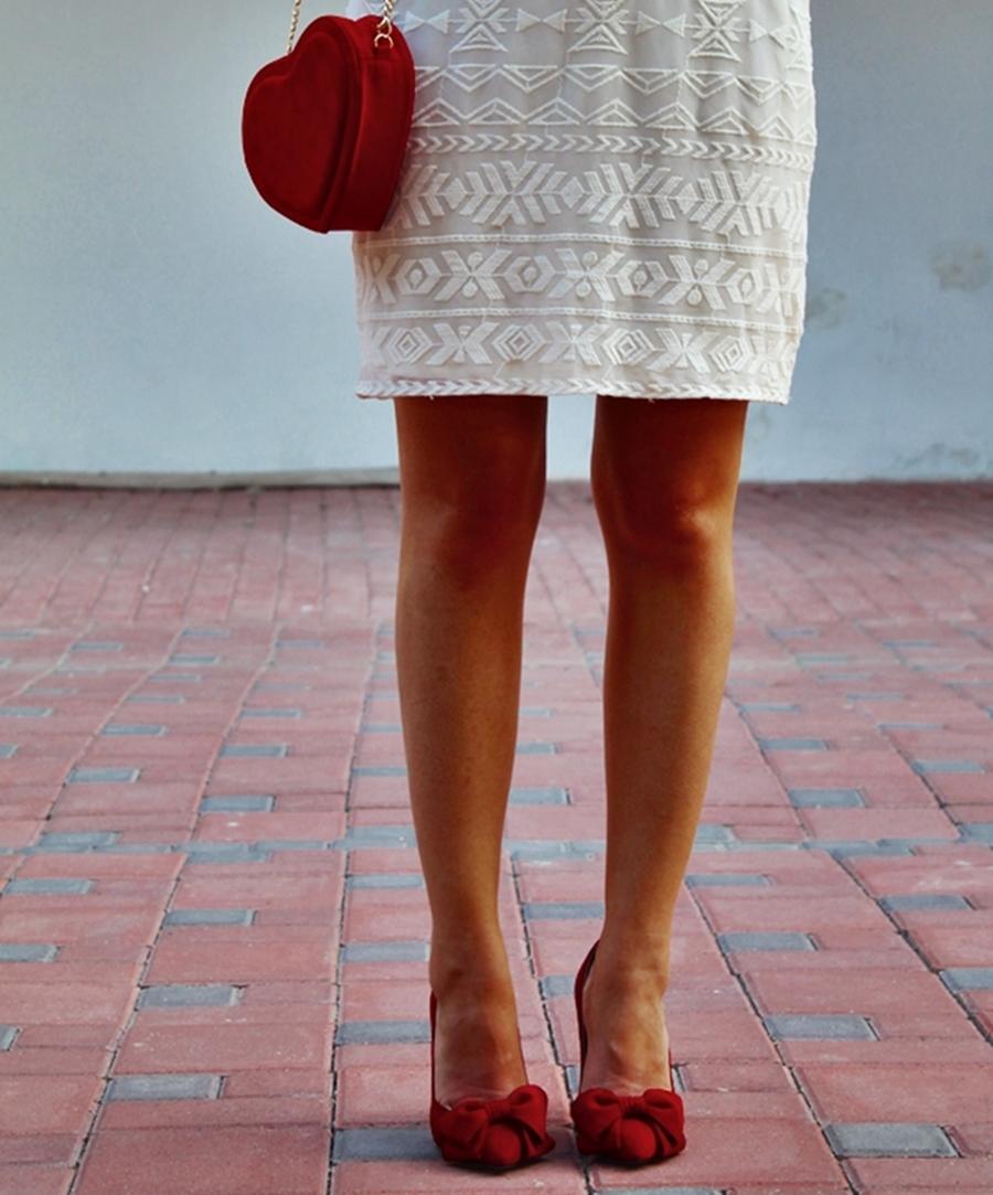 pantofi rosii cu funda garkony