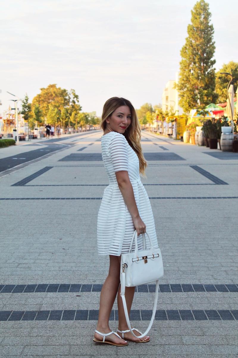 Tinuta de vara: all white | Blogger de moda Romania - Mamaia