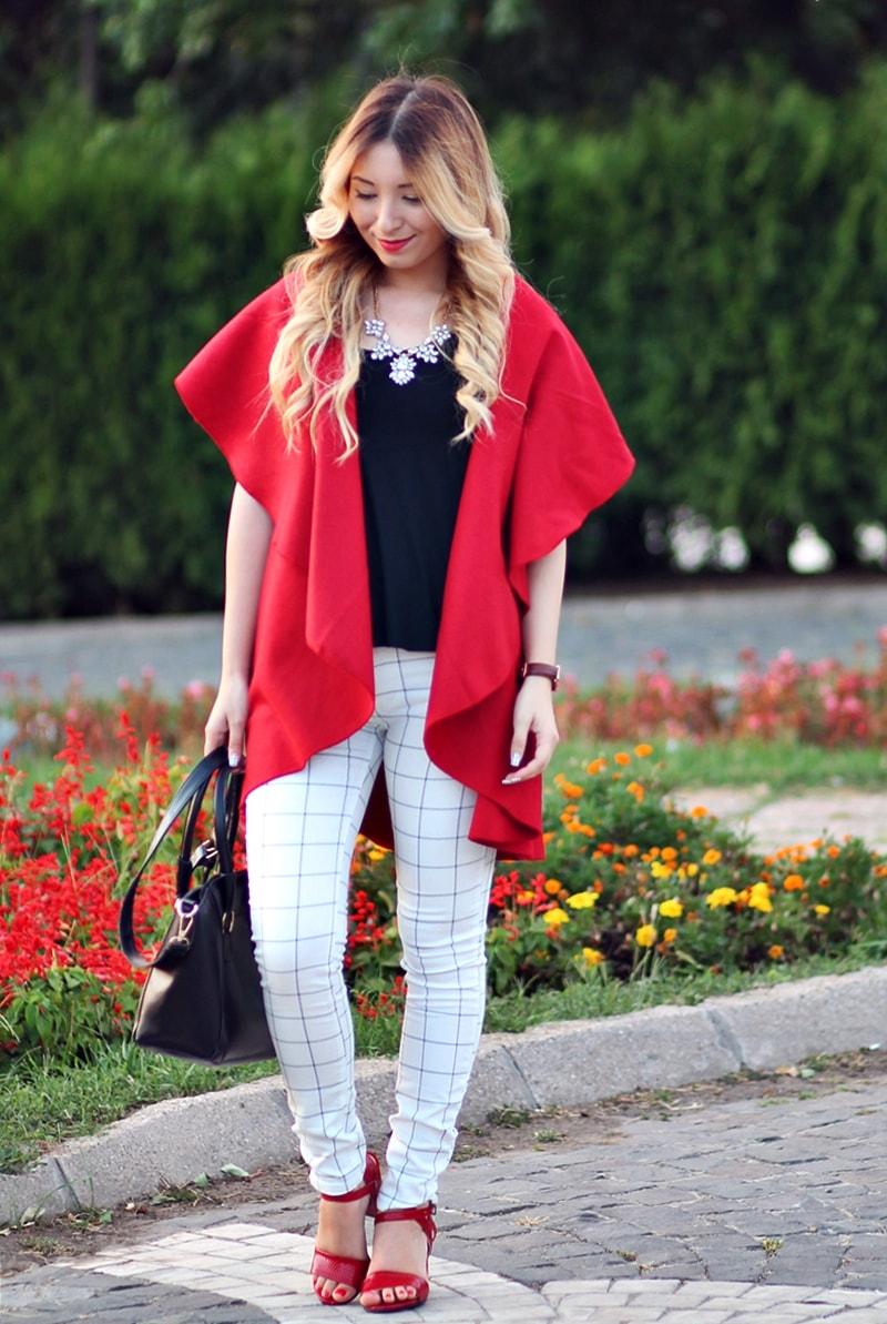 Combinatia de culori alb, negru, rosu - Andreea Ristea