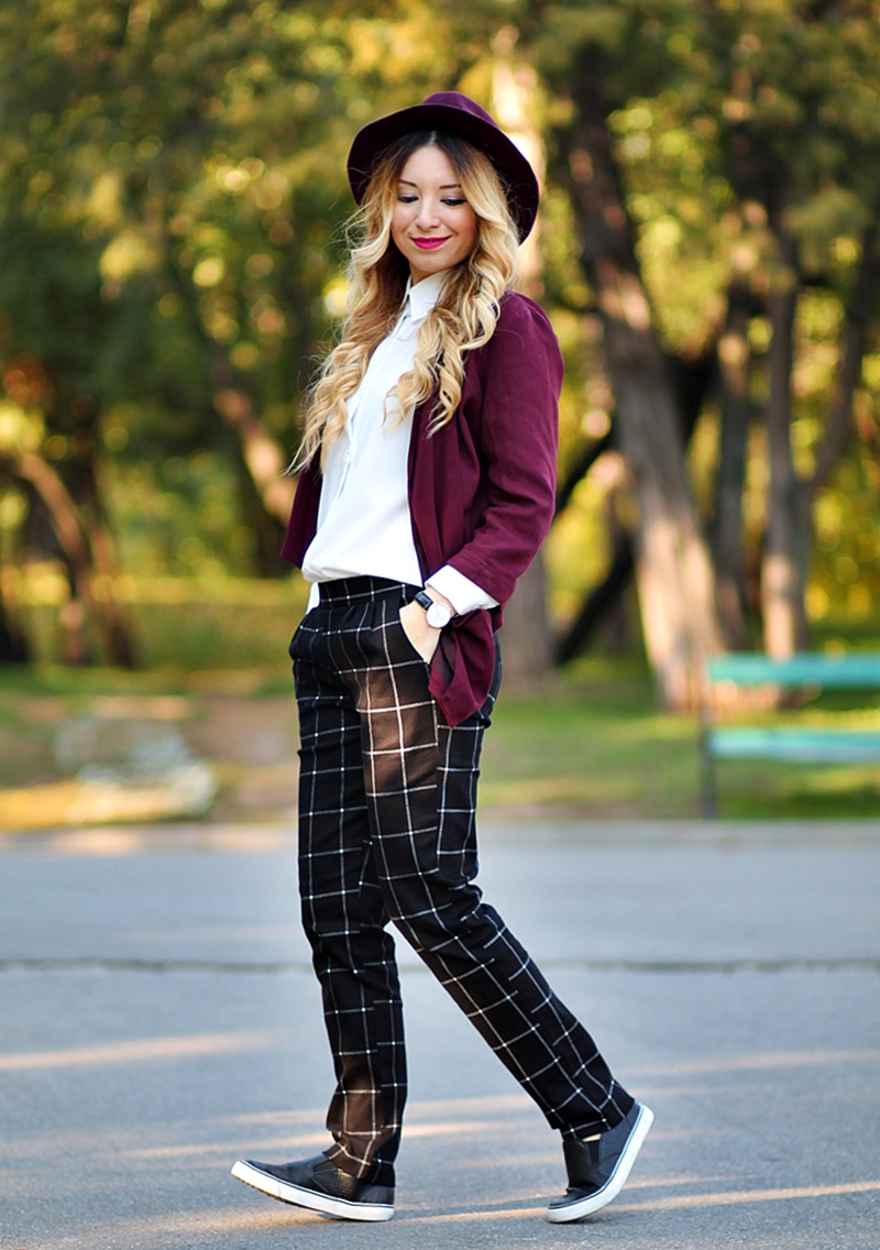 Street style - checkered black pants, white shirt, purple jacket, purple hat, masculine chic look
