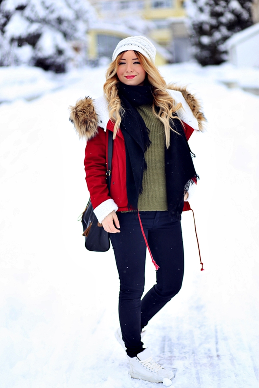 Street style: winter outfit, red fluffy jacket, military green sweater, Andreea Ristea fashion blogger