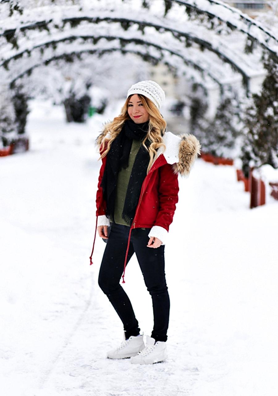 Tinuta de iarna: blogger de moda Andreea Ristea