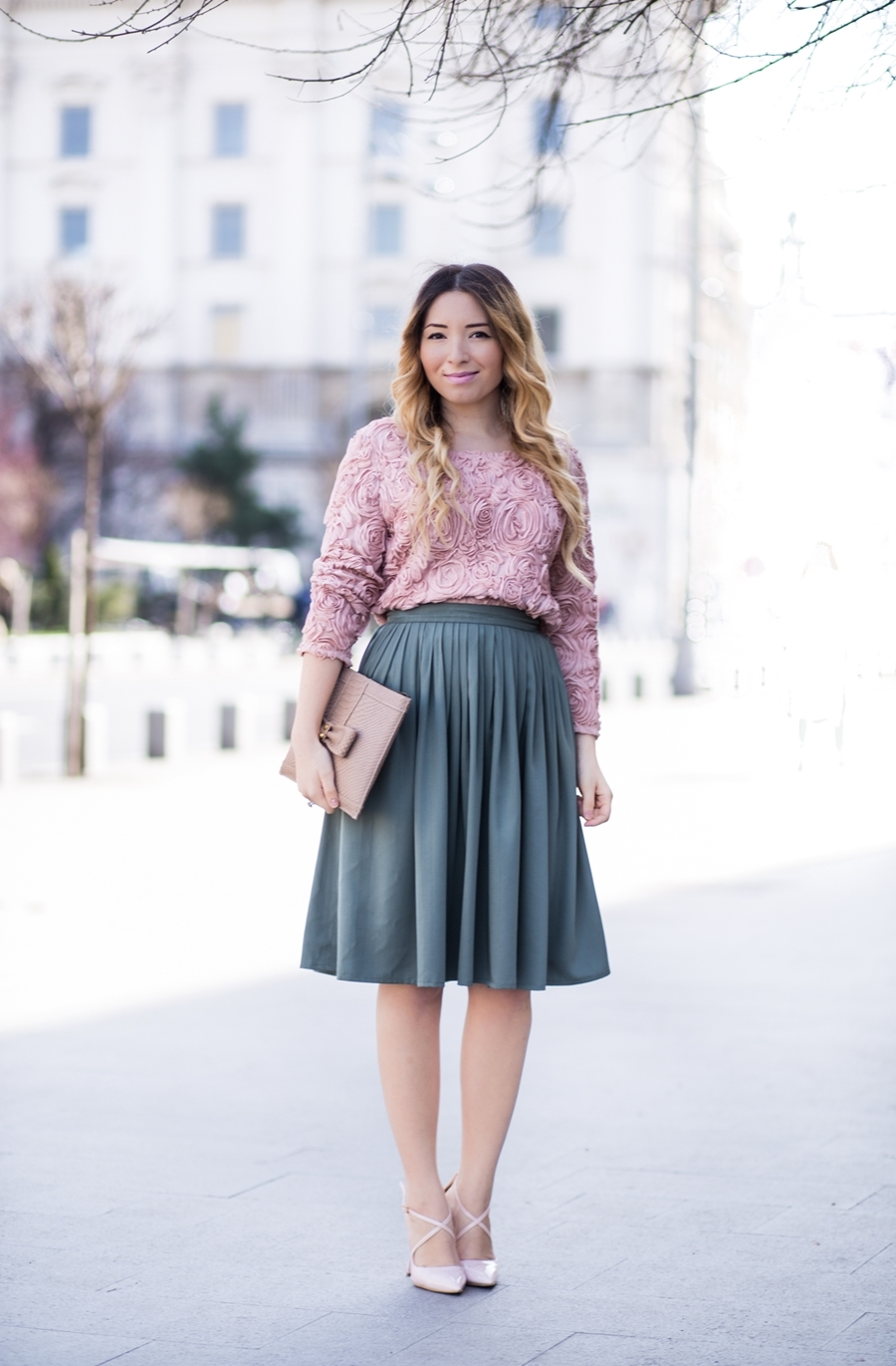 Street style - spring look, nude powdery pink roses blouse, military green vintage midi skirt, pleated skirt, nude shoes, nude clutch, feminine look - andreea ristea