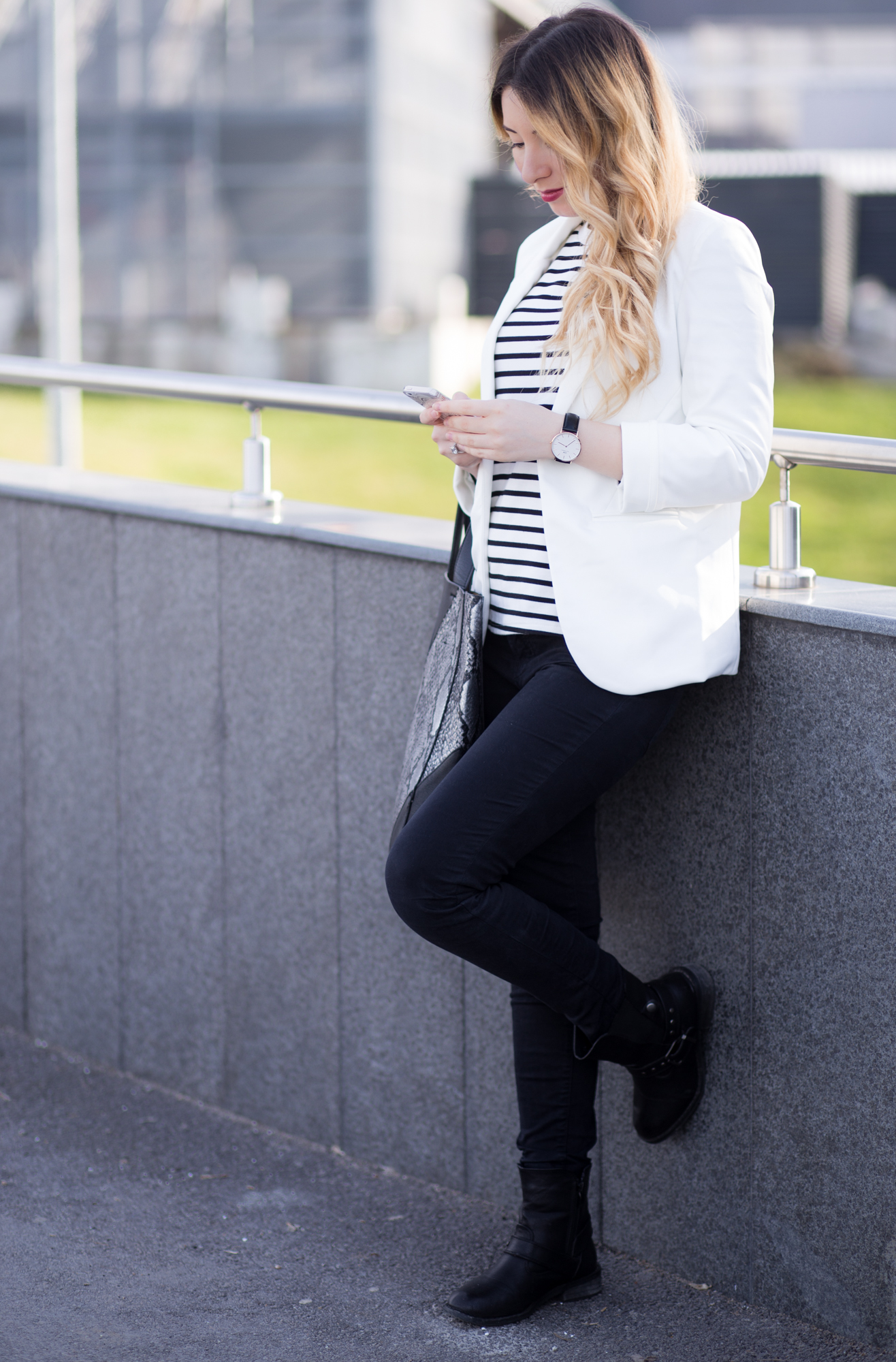 Andreea Ristea - tinuta de primavara alb si negru - fashion blogger Bucuresti