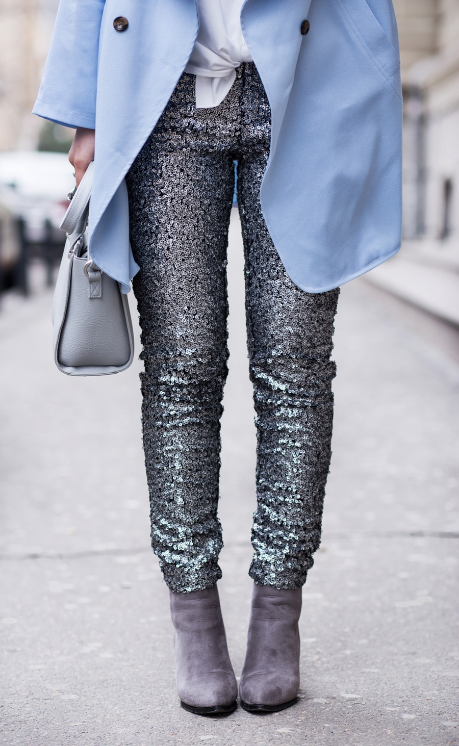 Cum purtam pantalonii cu paiete? hm