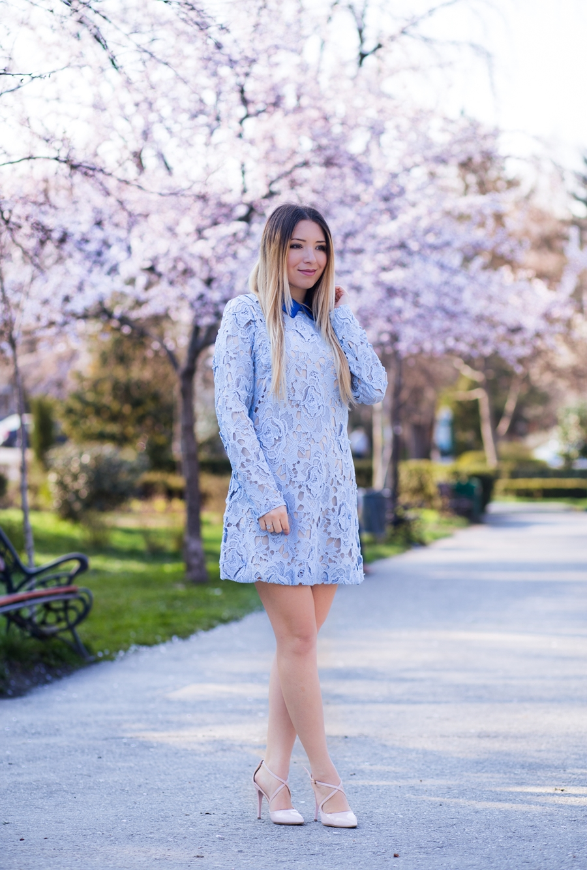 Andreea Ristea - rochie din dantela bleu serenity, SheIn | Tinuta de primavara