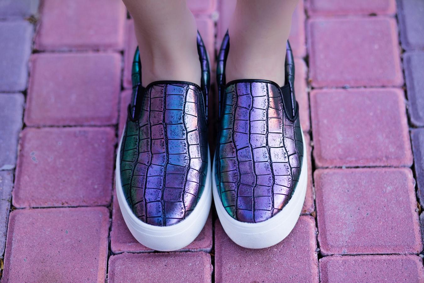 Pantofi sport cu reflexii cameleon