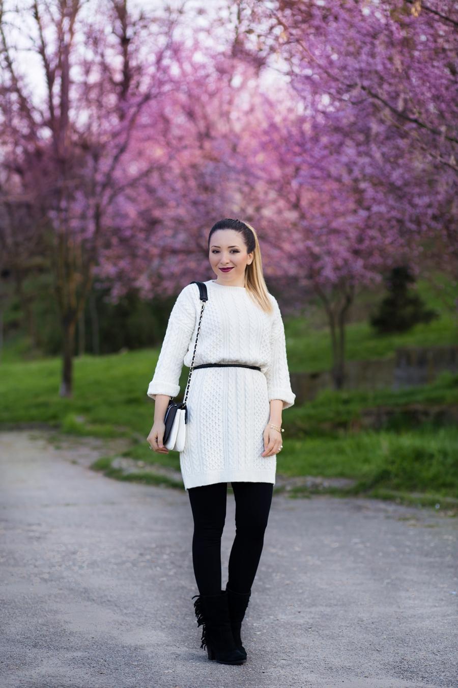 Andreea Ristea - tinuta alb negru Cum purtam rochia tricotata primavara?