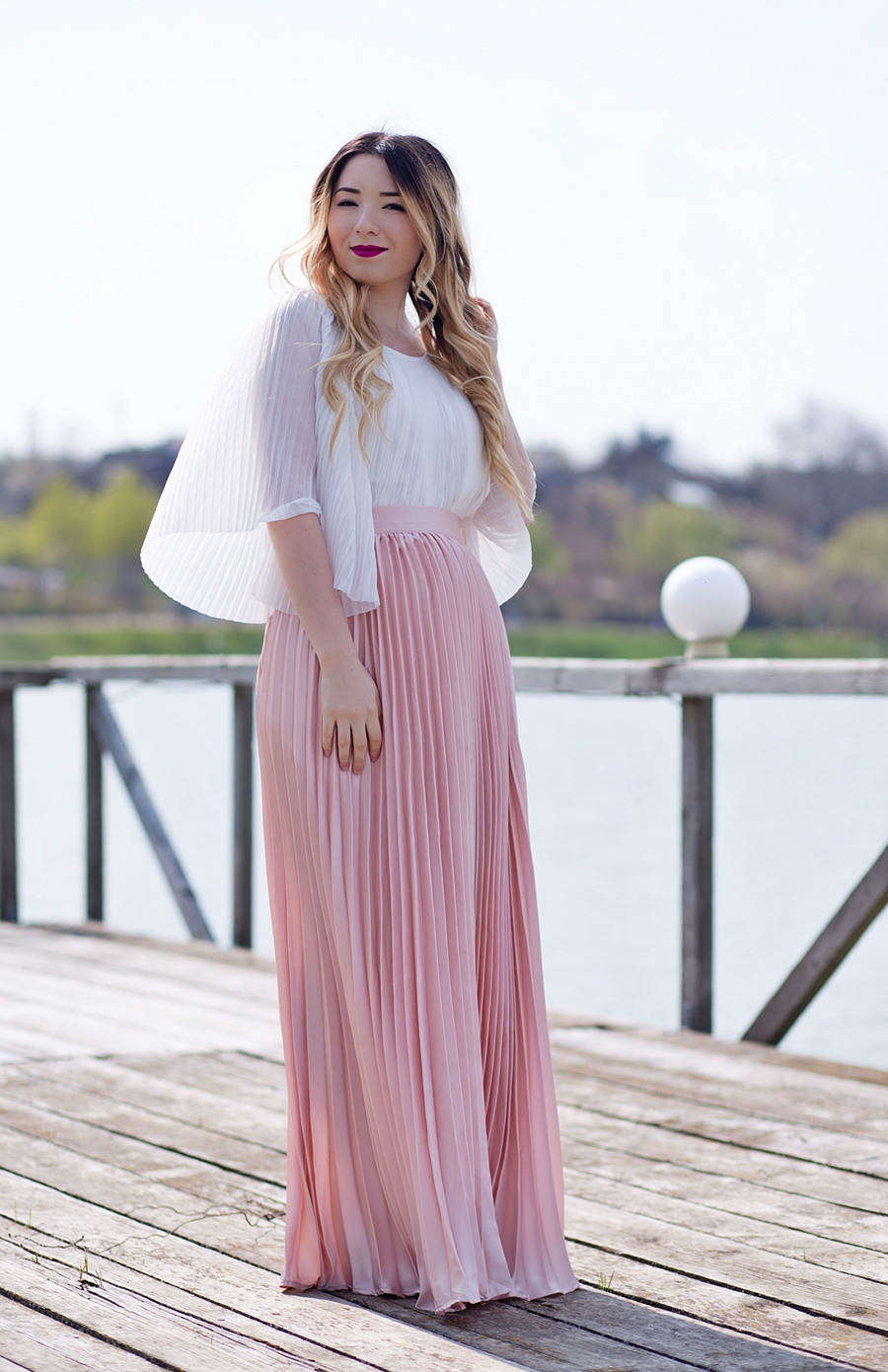 Andreea Ristea - fashion blogger ponton Bucuresti