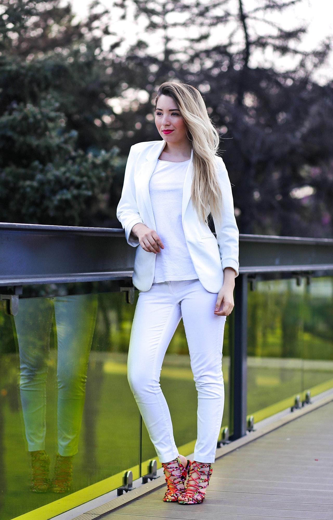 Andreea Ristea - cum purtm albul primavara?