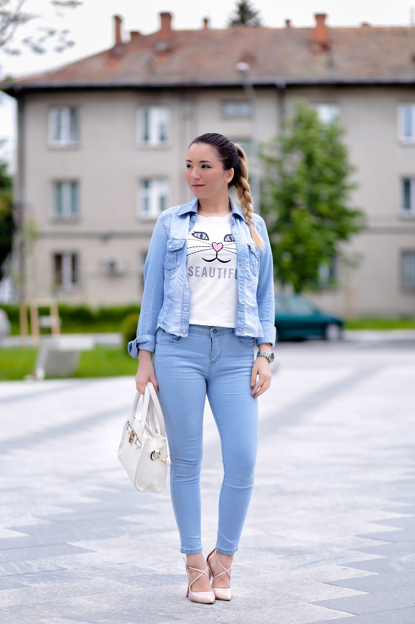 Street style: cum purtam denim on denim? Tendinte primavara vara 2016