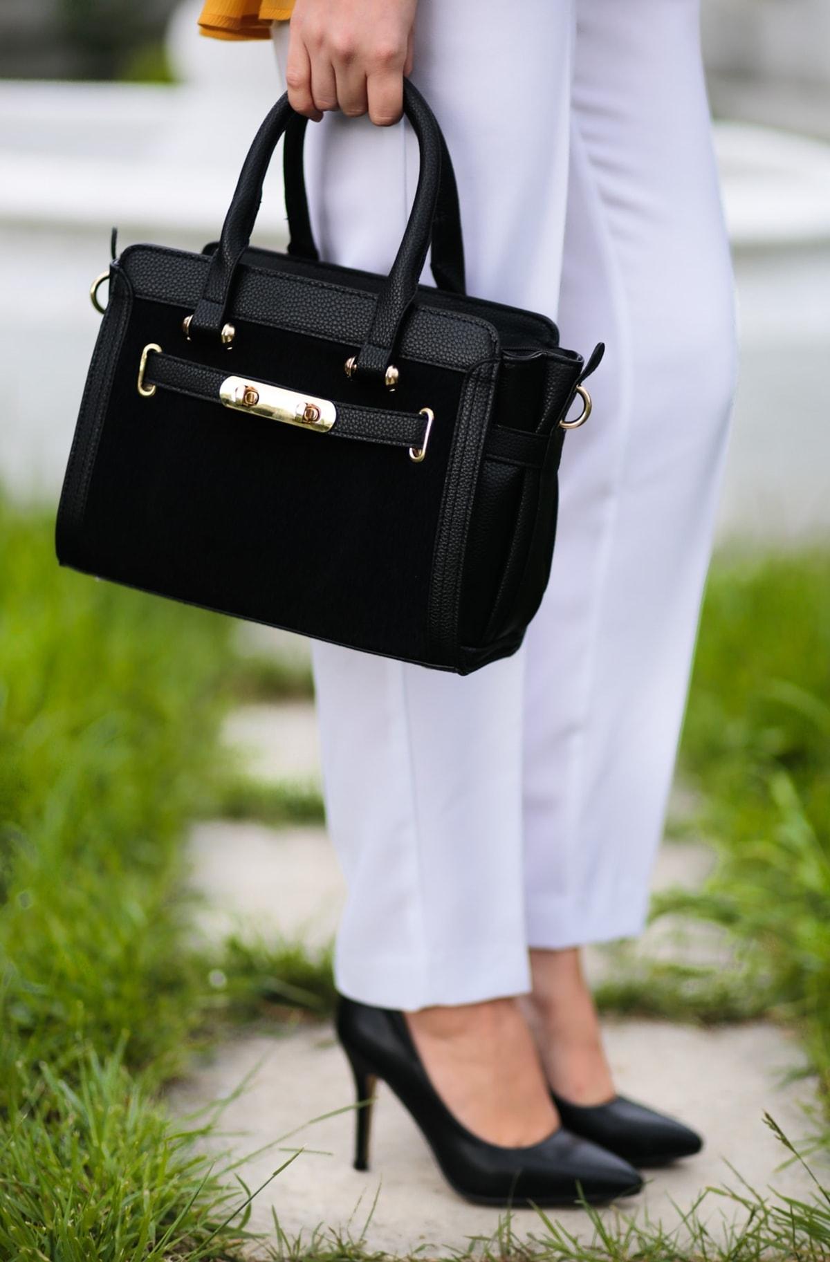 pink basis black bag