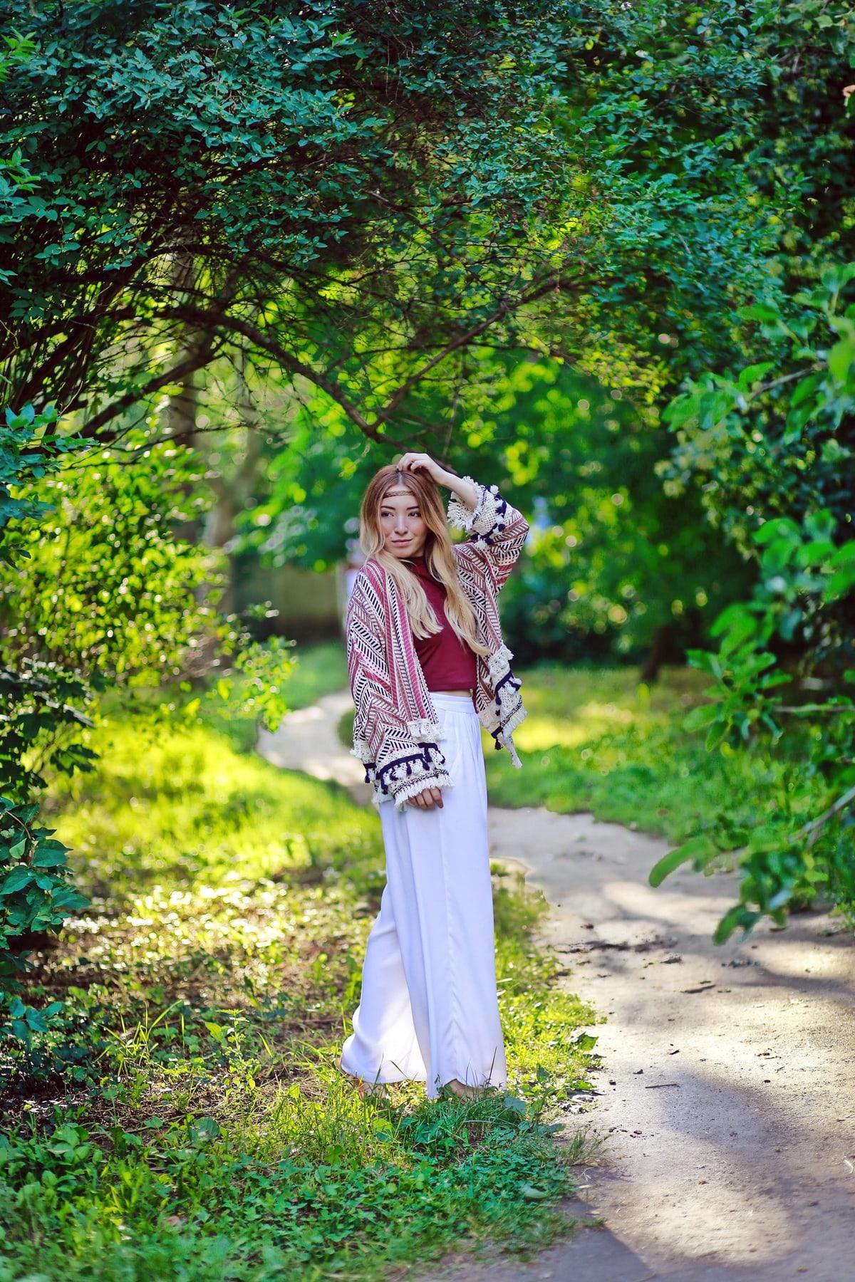 andreea ristea shooting - tinuta de vara cu kimono de inspiratie hippie - parcul tineretului bucuresti - blogger moda