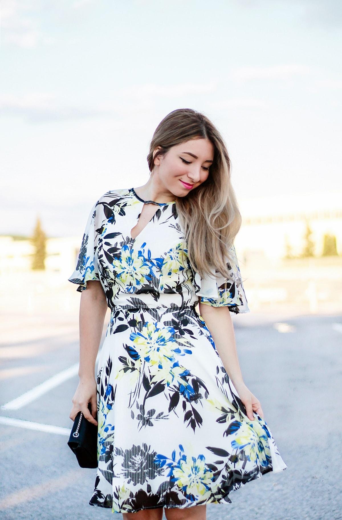 rochie imprimeu floral de vara