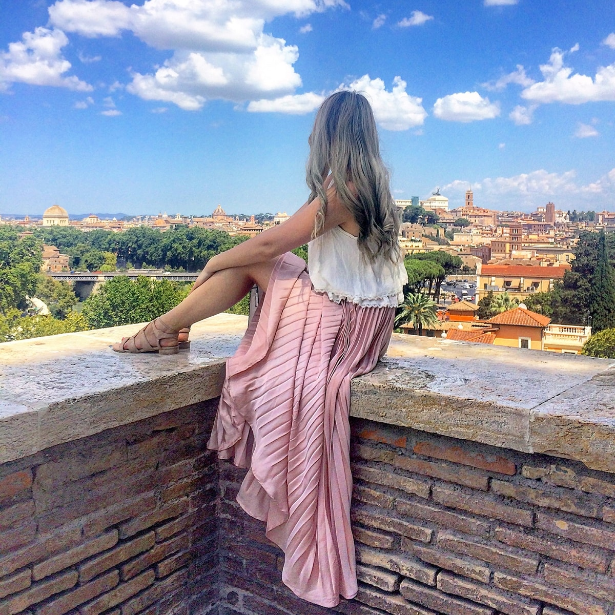 andreea ristea - travel blogger, rome, orange garden