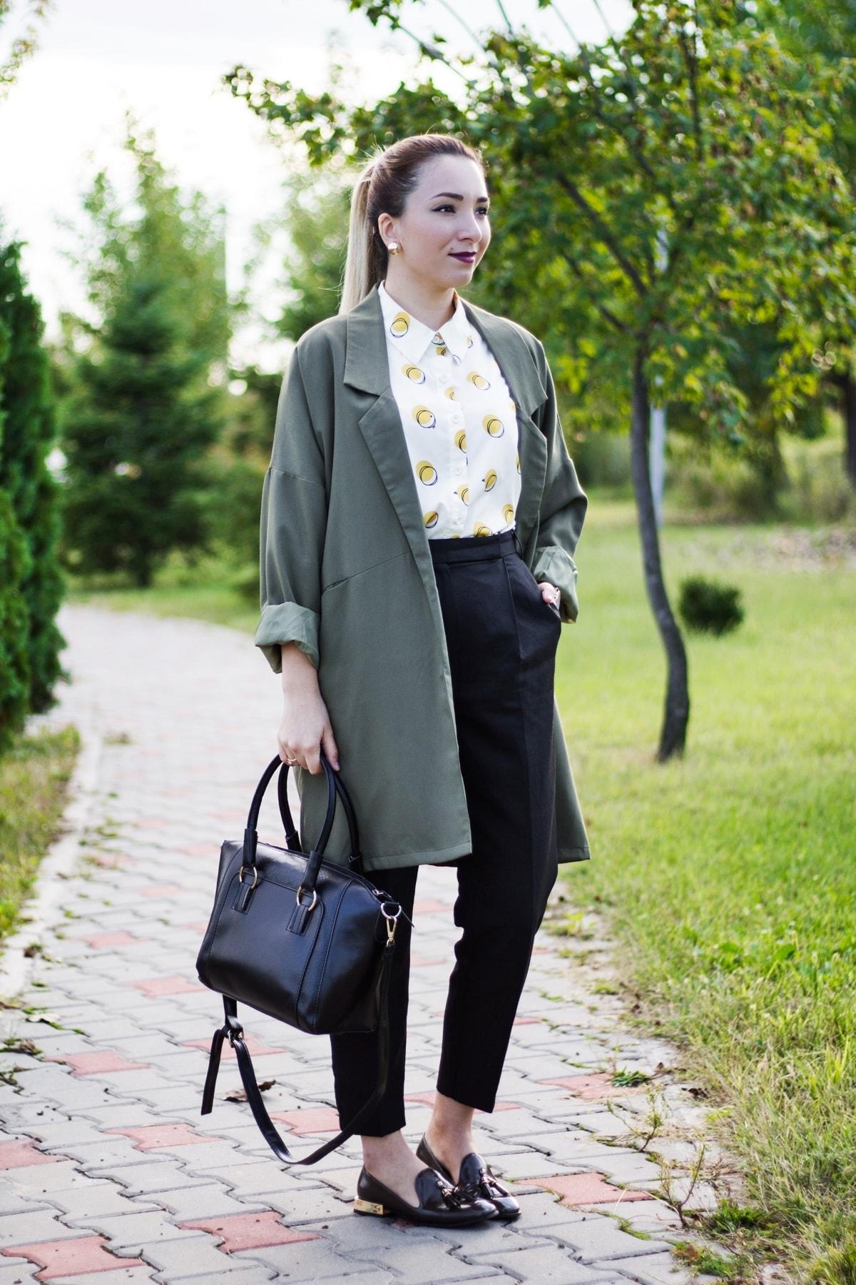 cum sa porti o jacheta verde militar toamna, idei tinute