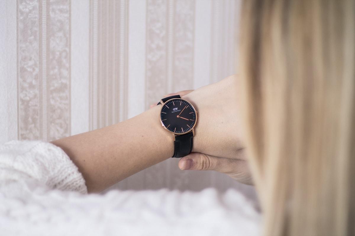 daniel wellington - noul model de ceas classic black, cod acces