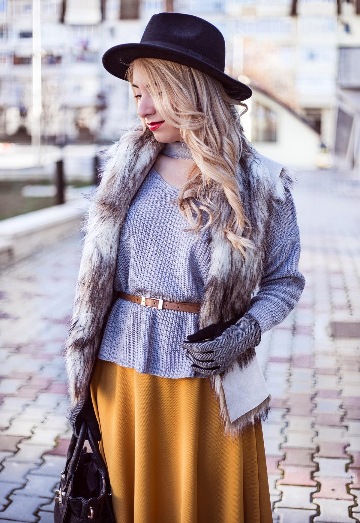 Vesta de blana, Zara, Pulover tip choker, gri, pulover curea maro talie, tinuta de iarna, andreea ristea