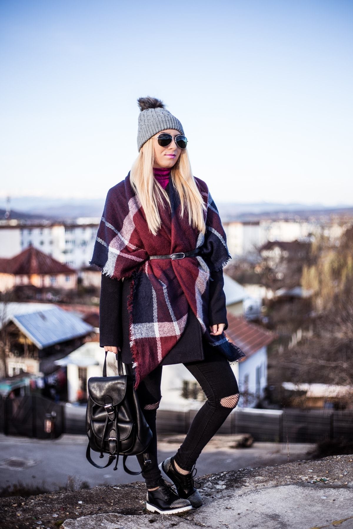 Street style, winter outfit, plaid scarf, ripped jeans, black, Andreea Ristea