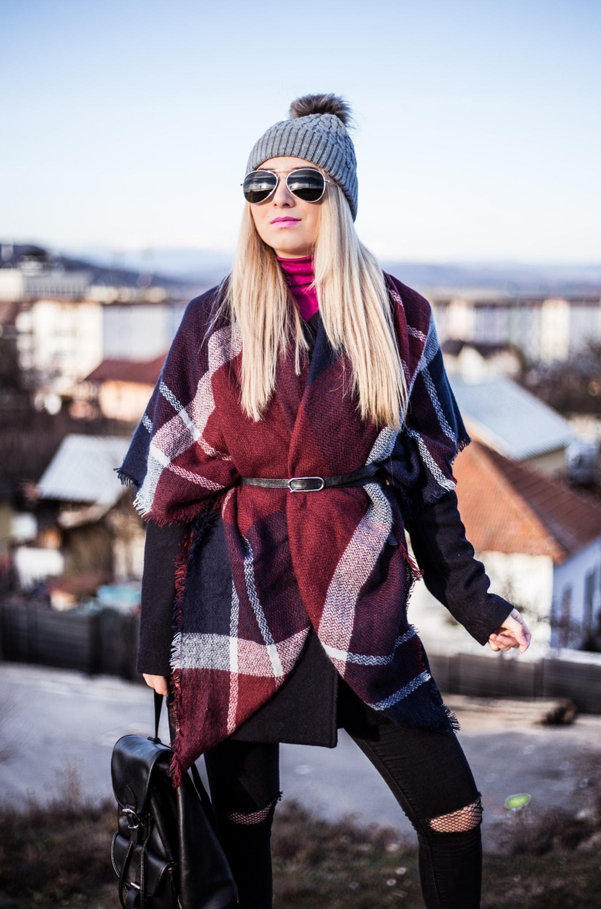 Andreea Ristea - esarfa carouri, iarna, tinuta iarna, vis de iarna, frig