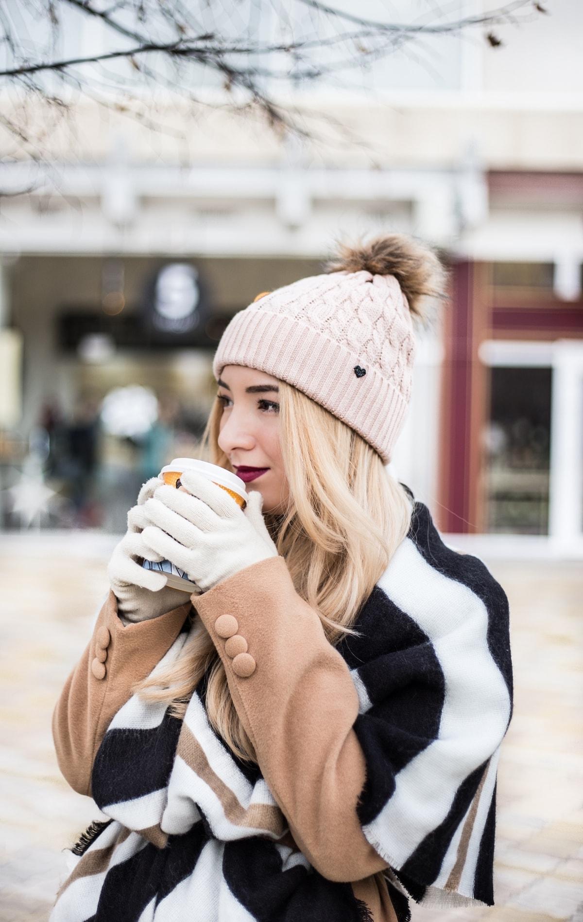 Cafenea, Pitesti, Cafea aromata 5 to go, poze iarna, Cum ne incalzim iarna? Andreea Ristea