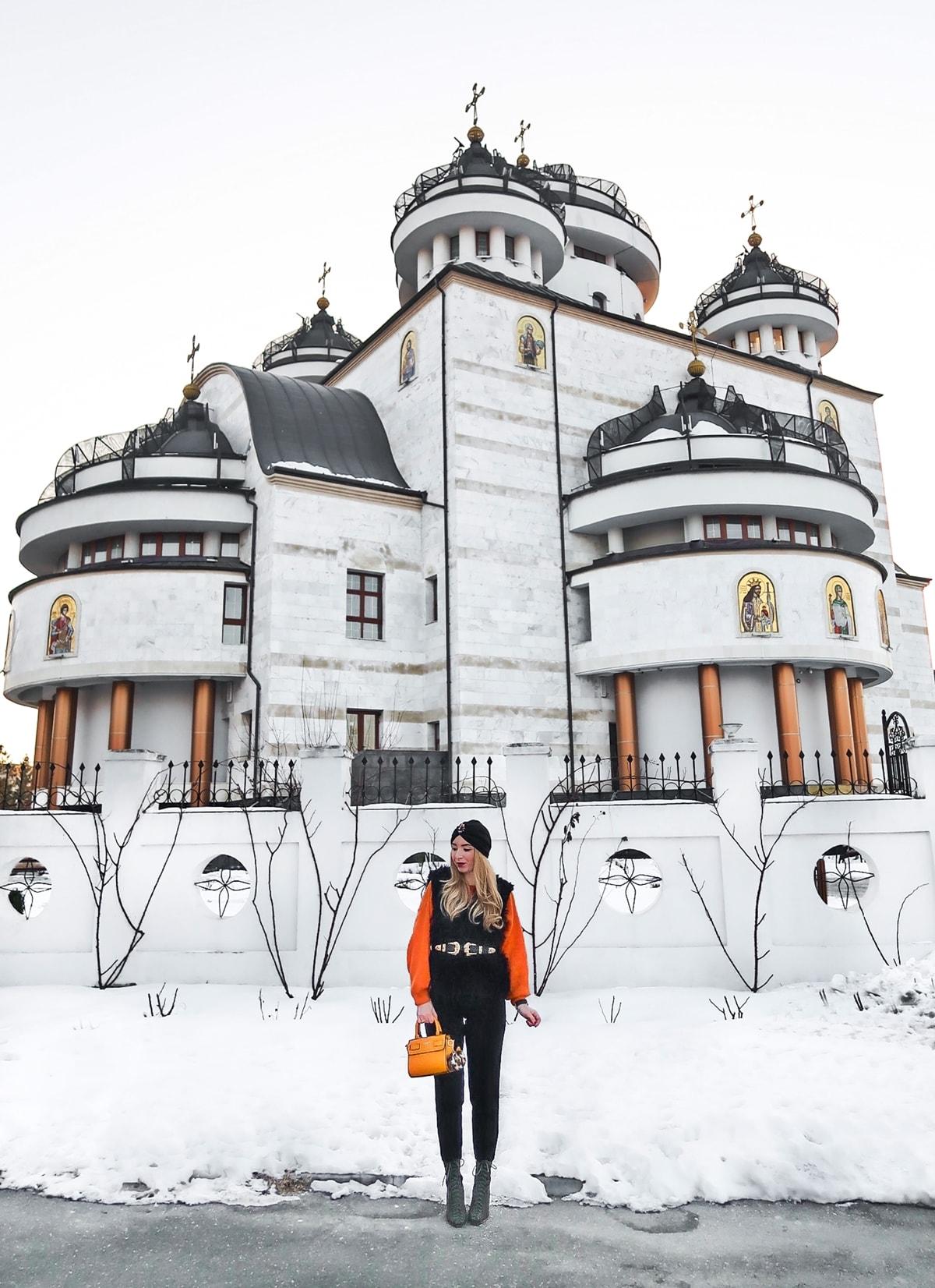 Catedrala Mioveni, blogger moda Andreea Ristea