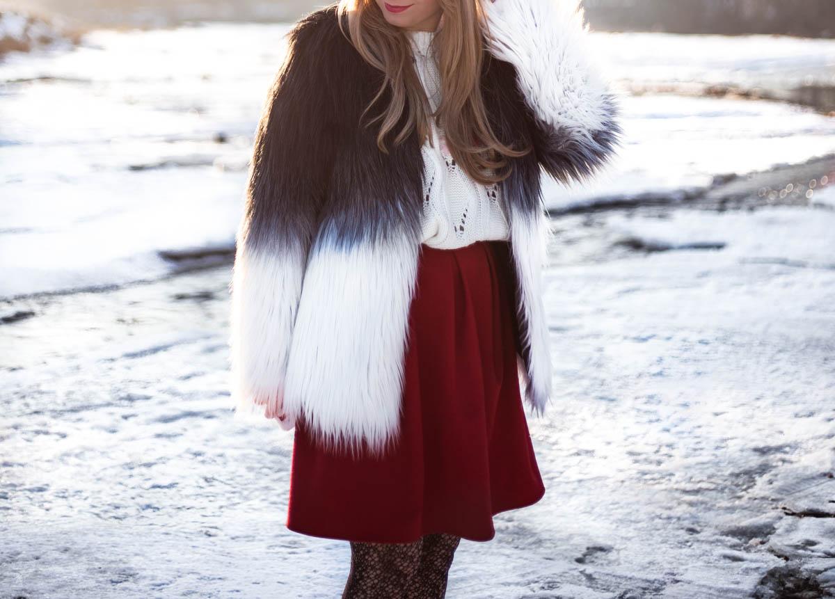 Fusta rosie cu pliuri andreea design, jacheta blana artificiala in doua culori, degrade, ombre